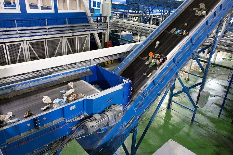 Проектування сміттєсортувальних комплексів, сміттєперевантажувальних комплексів, автоматичних ліній сортування ТПВ з отриманням паливних пелетів, проектування полігонів ТПВ (в тому числі щодо рекультивації, санації), санітарних полігонів ТПВ