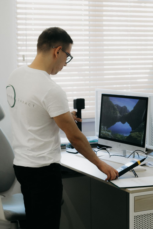 Проведение отдельных анализов (воды, воздуха, почв) и измерений физических факторов (радиации, электромагнитного поля, шума, вибрации)                                                                             - Фото №5